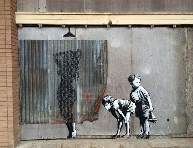 13. Grafiti yang juga menyindir moral generasi muda