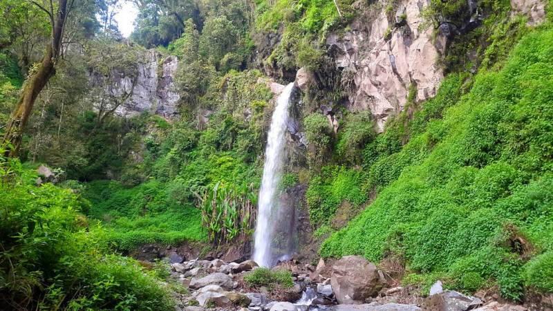Air Terjun Coban Tengah aka Coban Dudo, Desa Pandesari, Kec.Pujon, Malang via @adityaprada8990