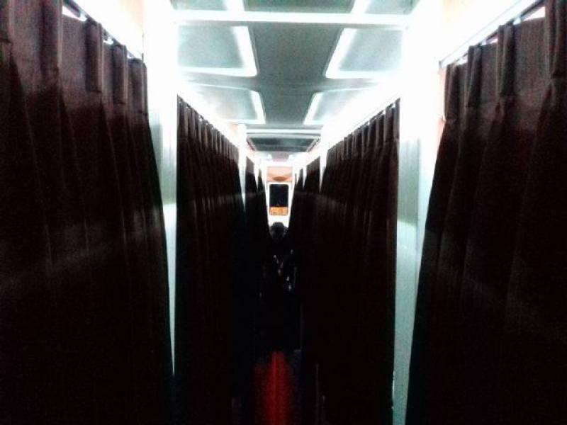 Bus Sleeper Pertama di indonesia yang kabinnya serasa di hotel