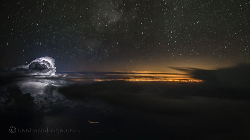 This is the view of the night sky from the cockpit of an airplane. Really beautiful?