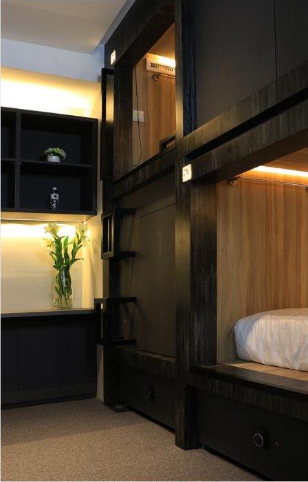 Private room dengan 2 kapsul single cocok untuk yang ingin privasi lebih disini