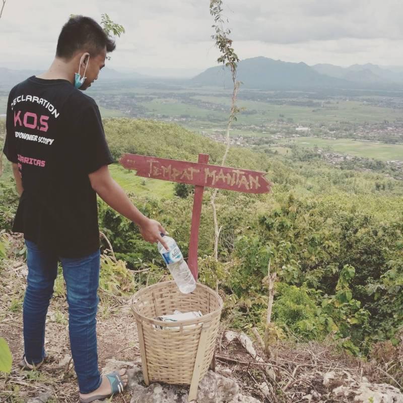 Tempat buang mantan ada dimana saudara-saudara jomblowan jomblowati? by @riedwan_pradana