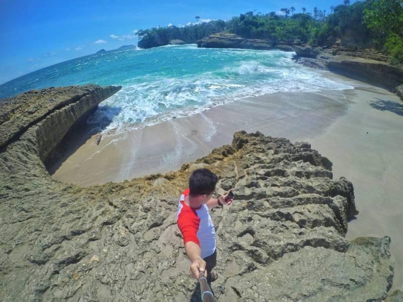 Pantai Dadap, pantai di Tulungagung yang masih begitu alami by @resa_effendy