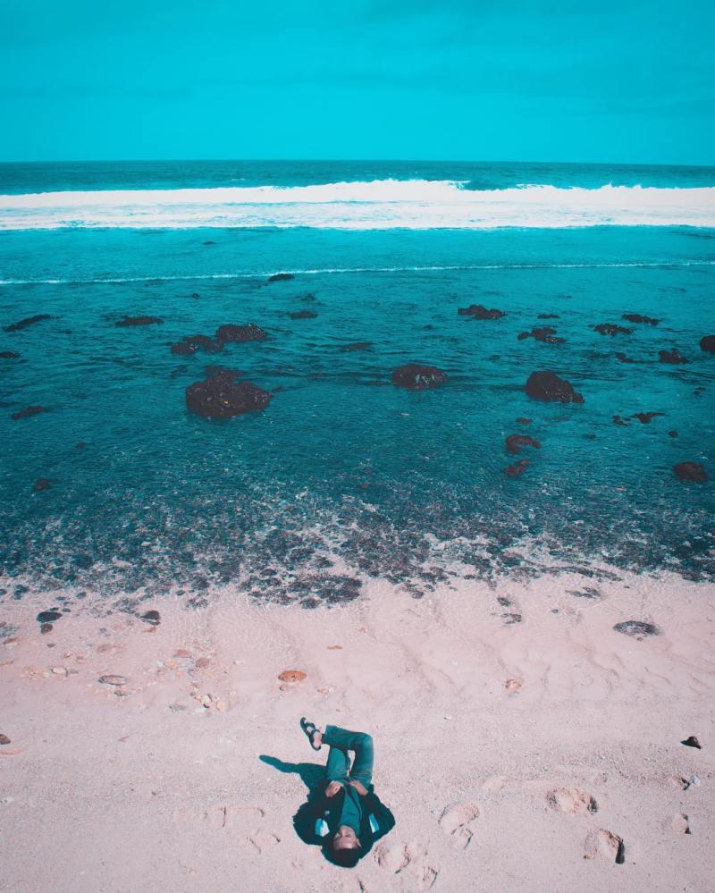 Pantai Ngalur, Dusun Ngelo, Desa Jengglungharjo, Kecamatan Tanggunggunung, Kabupaten Tulungagung by @bhakti_banda
