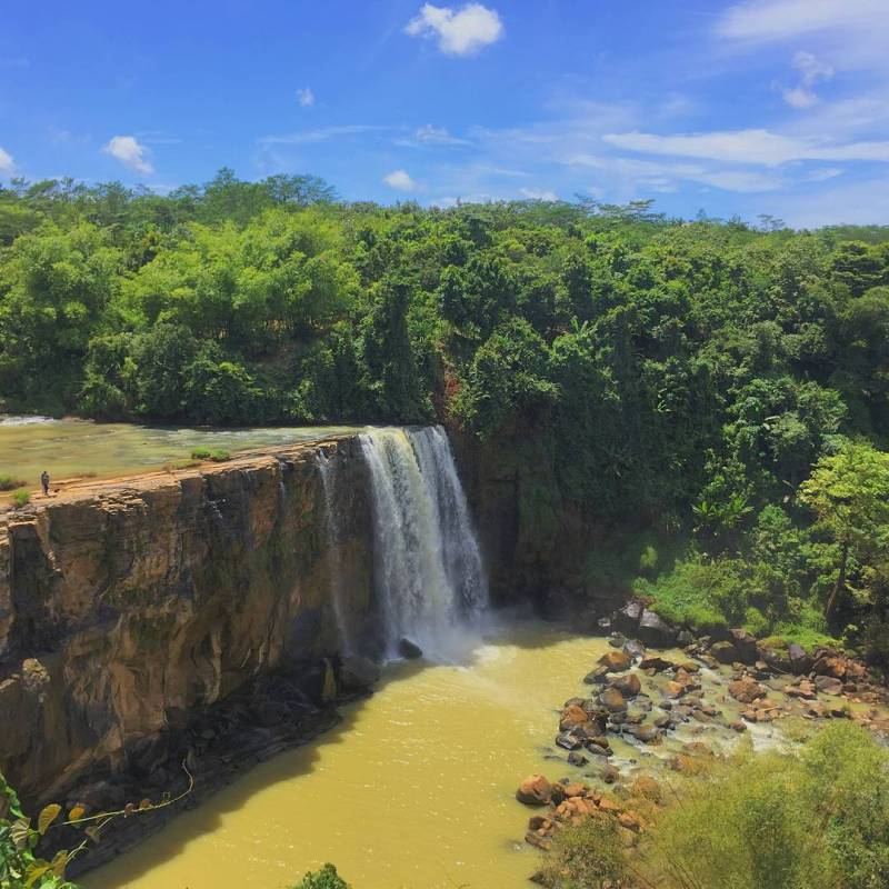 Curug View Awang Sukabumi when dry and rainy season will look different by @irfanmusaddad
