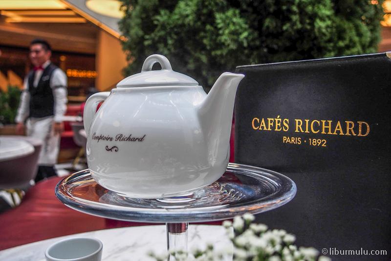 kuliner skyavenue - jamuan minum kopi & teh ala sosialita paris di cafes richard