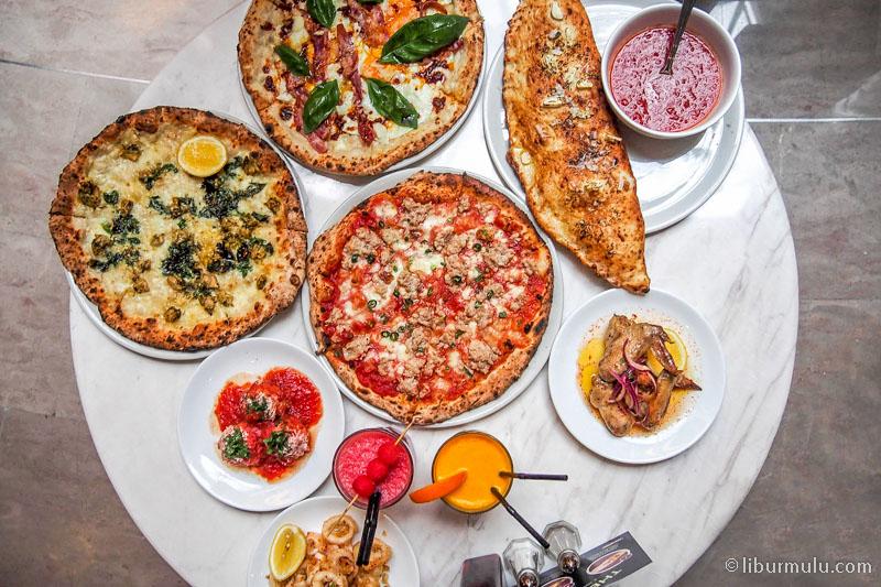 kuliner skyavenue - pizza & calzone ala motorino