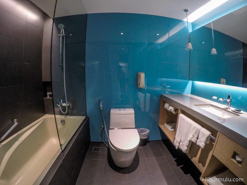 Kamar mandinya lega dan nyaman