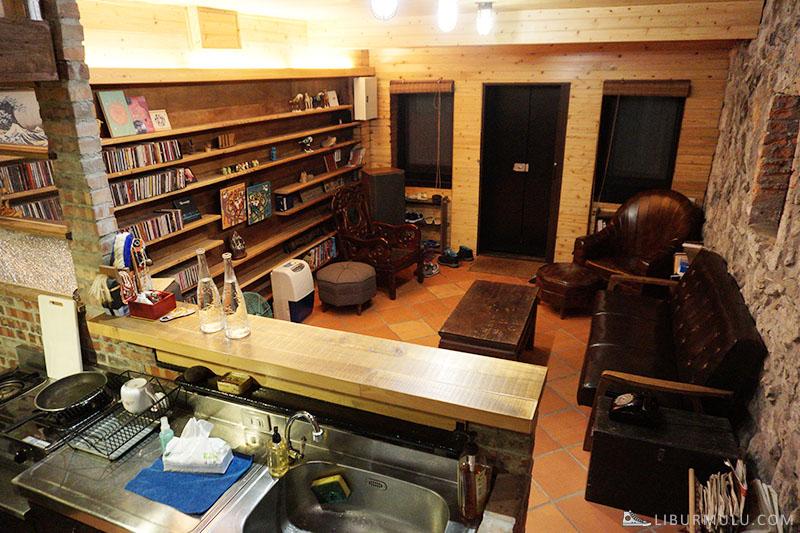 Suasana living room flip flop jiufen