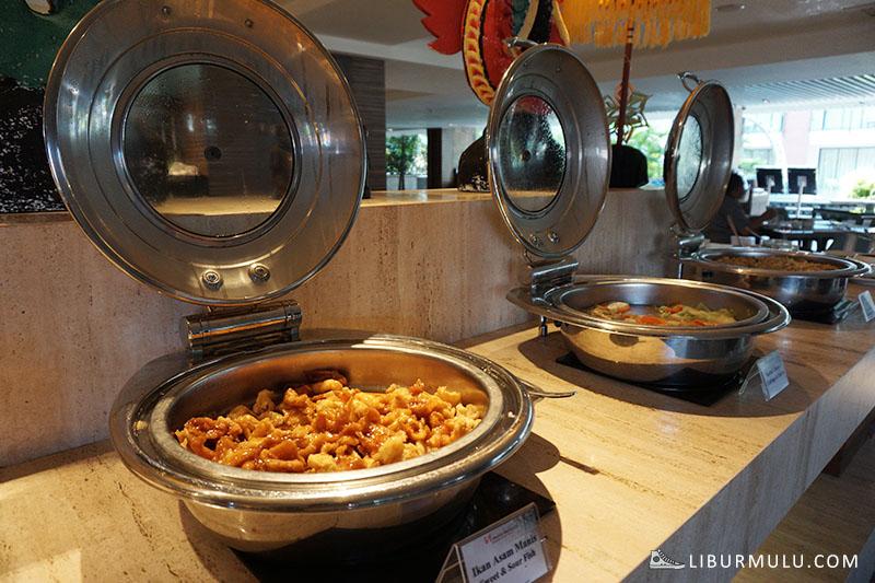 breakfast swiss belhotel tuban