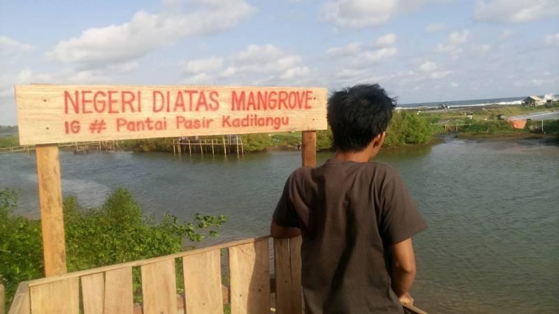 Kalian tidak tertarik untuk berkunjung ke Pantai Pasir Kadilangu? via @erwant_edi_purwanto