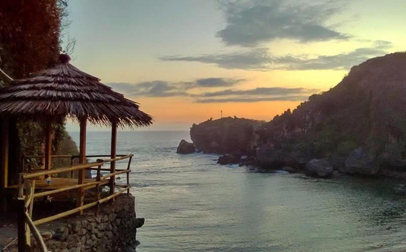 Pantai Torohudan ini adalah salah satu pantai di Yogyakarta yang tersembunyi. via IG @doddyarisusanto