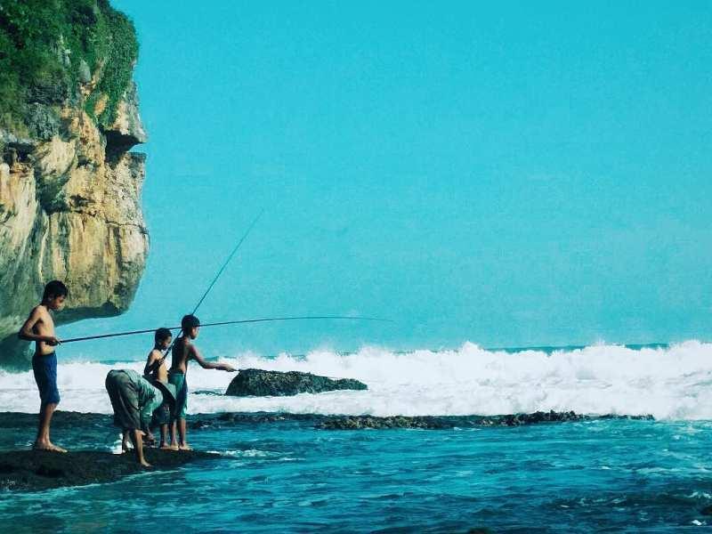 Tips Wisata KePantai Butuh! via @_shaifulloh