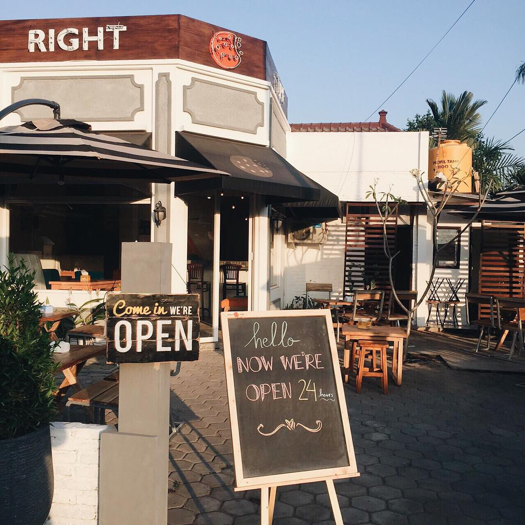 Cafe di Malang ini buka selama 24 jam! Cocok buat yang suka begadang! via @righttimecafe