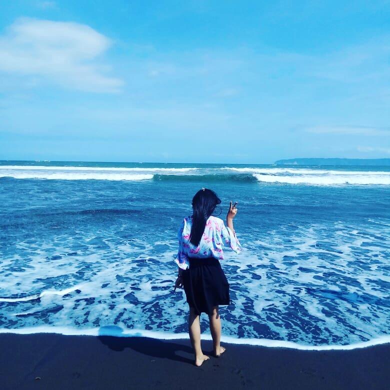 Pantai di Malang yang belum terjamah, Pantai Pancer.