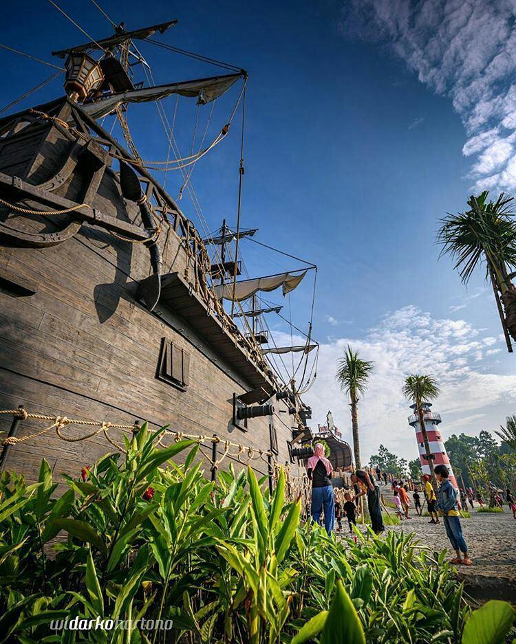 Liburan Ke Jogja? Sebaiknya Kalian Coba Jogja Bay, Waterpark Terbesar Di Indonesia!
