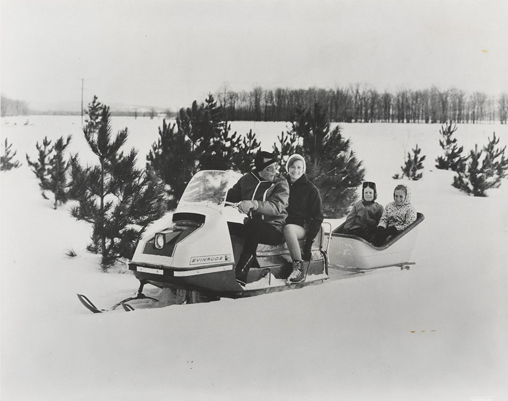 medium resolution of evinrude skeeter snowmobile 1968