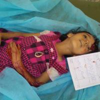 Libia 2012: Le bande criminali di Misurata bombardano i civili di Bani Walid ~ 7 Video [+18]