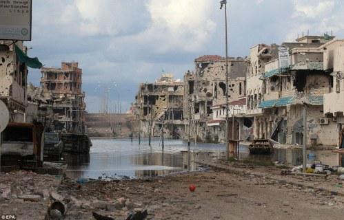 Democrazia in Libia, ovvero come rubare 150 miliardi di dollari