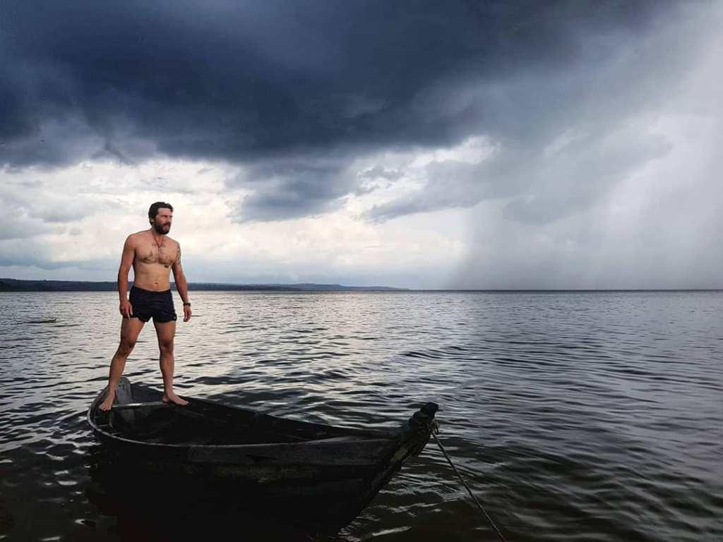 Противоотровата срещу страховете му е да поеме още от тях, от тровата им Снимка: Румен Койнов