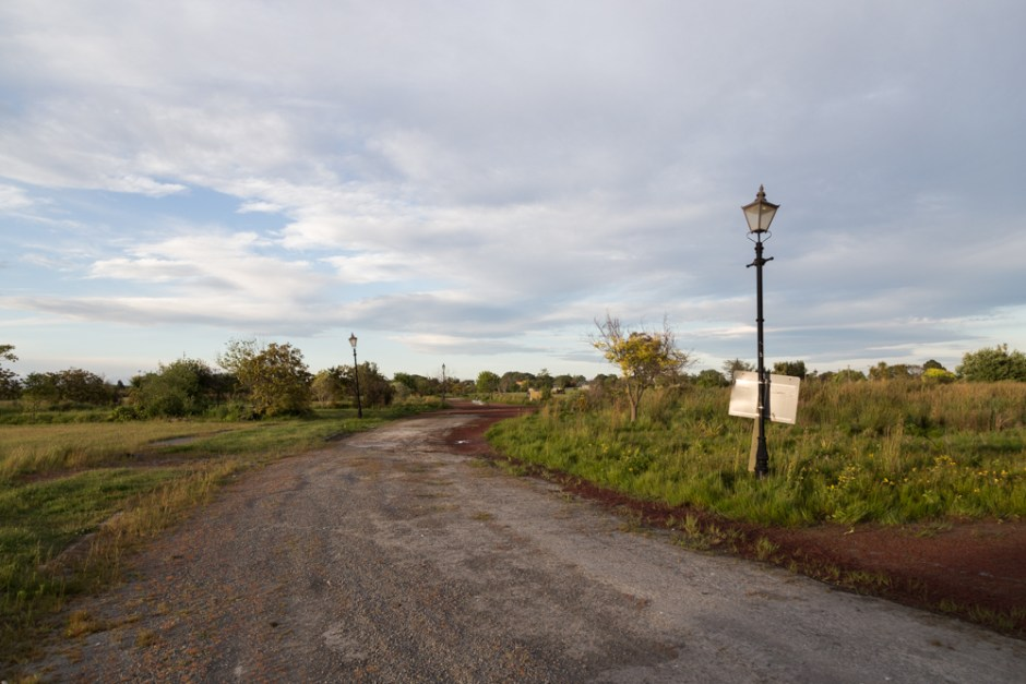 strangely-calm-photos-of-abandoned-christchurch-suburbs-body-image-1480542650