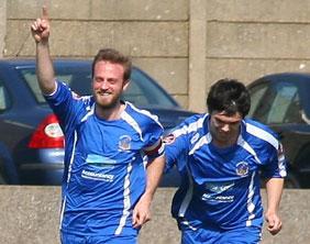 Dave Egan celebrates after opening the scoring. Pic: Dave Birt