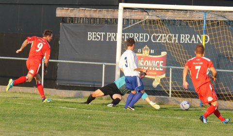 Nick Wellecomme opens the scoring for Chasetown. Pic: Dave Birt