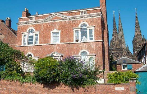 Erasmus Darwin House. Pic: Bs0u10e01