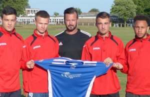 Chris Cowley, Lewis Hayden, manager Dave Stringer, Ryan Quinn and Lewis Rankin
