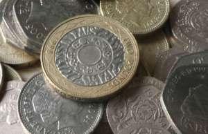 Money. Pic: www.helpmetosave.com