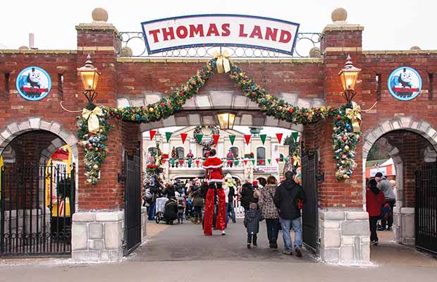 Magical Christmas at Drayton Manor (3)