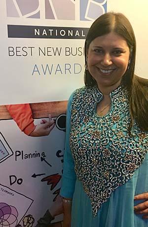 Shaherazad Umbreen receiving her Exporter of the Year award