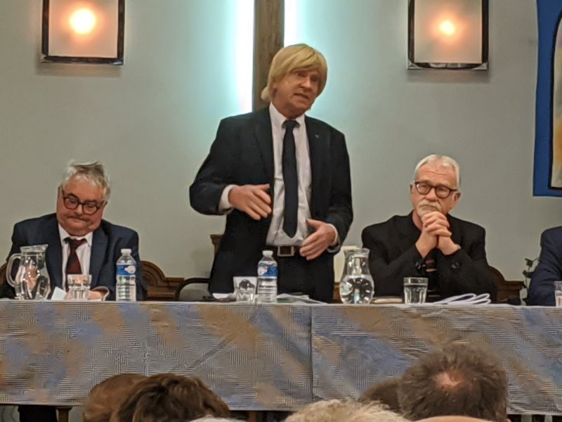 Michael Fabricant speaking at the hustings