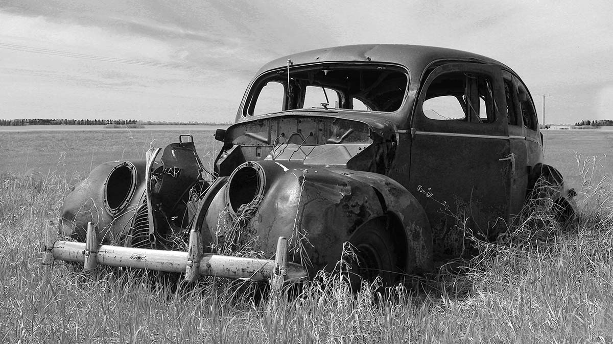 Abandoned on the Prairie - Lorraine Boothman
