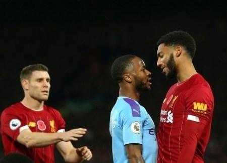 Án phạt nào dành cho Sterling sau xô xát với cầu thủ Liverpool