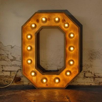 Lichtletter O