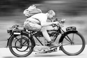 Engelbert Jost - Rasender Motorradfahrer