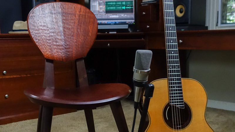 guitar playing chair pyramat gaming sonus a player s dream lichty guitars bogg