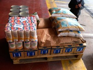 Entrega de Alimentos al Banco de Alimentos de Alicante