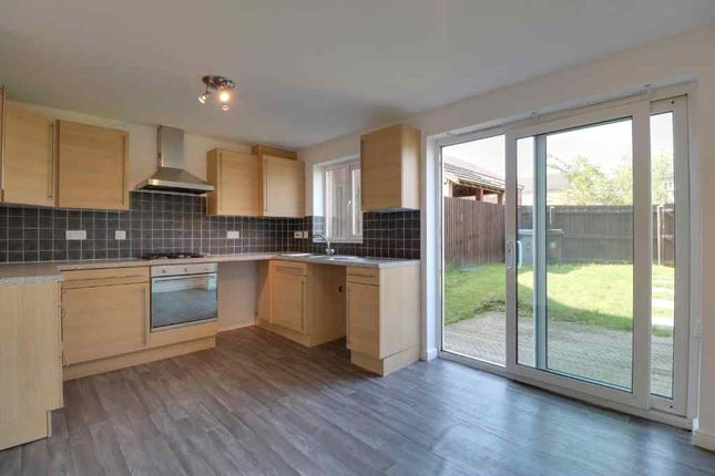 dexter kitchen stainless steel prep table 4 bed town house for sale in avenue grantham ng31 zoopla of