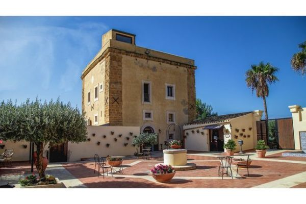 Properties for sale in Agrigento Sicily Italy