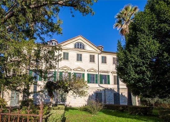 Apartments for sale in Cinque Terre Liguria Italy
