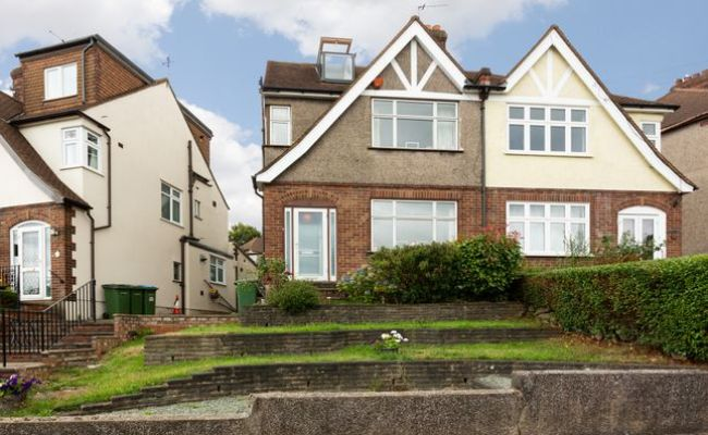 Homes For Sale In Woolwich Common London Se18 Buy