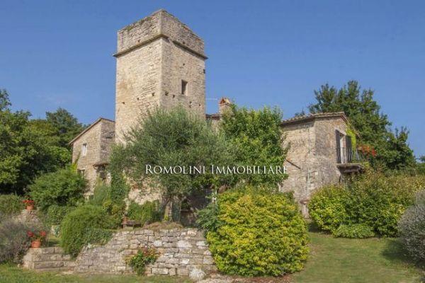 Properties for sale in Baschi Terni Umbria Italy