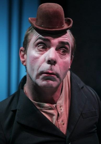 Robin Davies in Auto da Fé (2012)