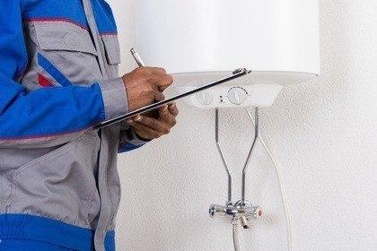instalação e reparação de termoacumulador