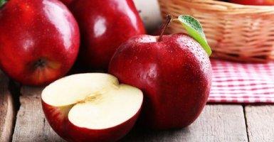 Las mejores frutas para limpiar el colon - Manzanas