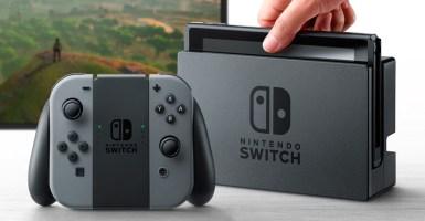 Nintendo lanza nueva consola de juegos Switch