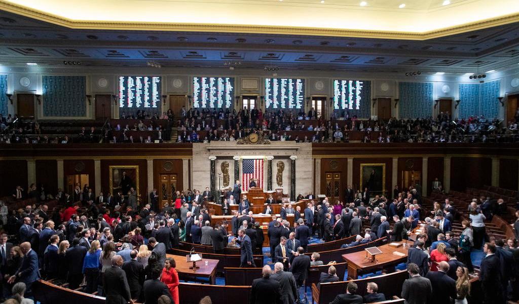 Votarán legisladores de EUA para limitar 'acciones militares' de Trump