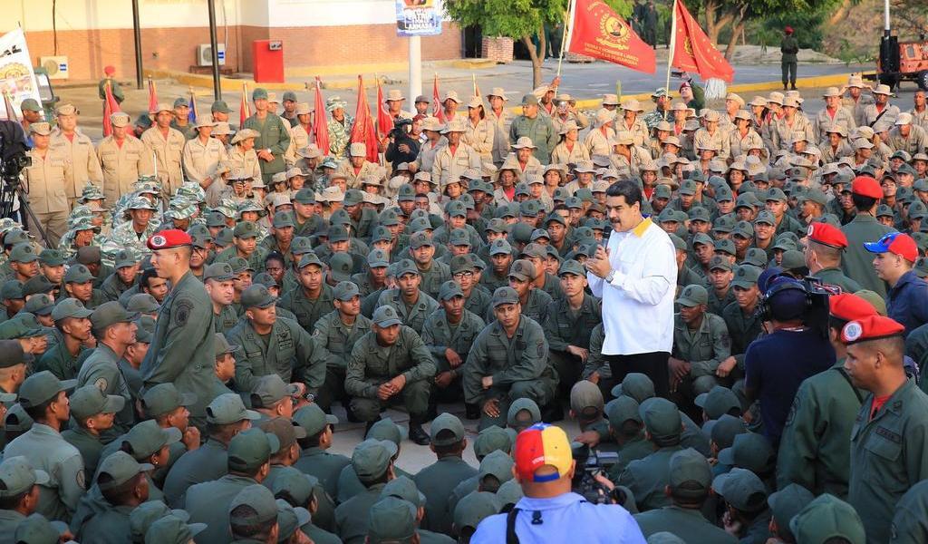 Anuncia Maduro ejercicios militares para febrero